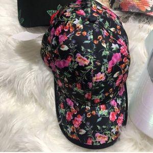 Steve Madden floral hat